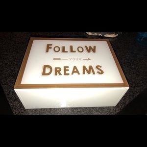 Other - Follow your dreams glass box 8x10 new
